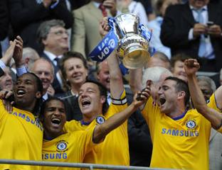 Chelsea celebrate winning the 2008-09 FA Cup Final